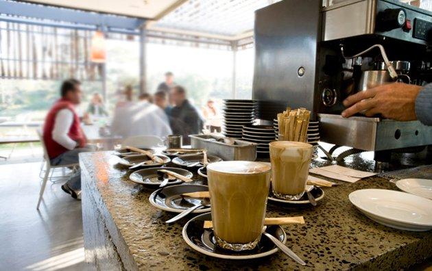 coffee-shop-153479839