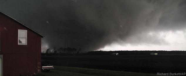 633x258_weather_tornado