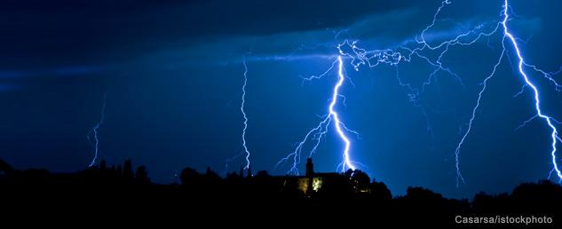 img_633x258_bq_lightning